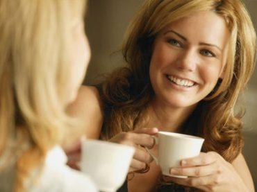 UNA TAZZA DI CAFFE' CONTRO LA STANCHEZZA AL VOLANTE
