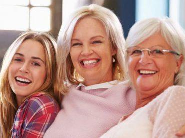 Buone notizie: le italiane vivono più a lungo