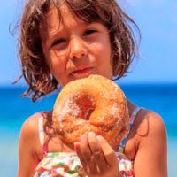 """Estate, rischio obesità: dieci """"buone"""" regole per combatterla"""