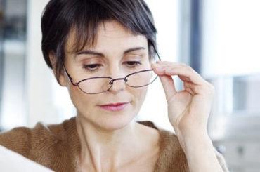 I vantaggi delle lenti progressive per correggere la presbiopia
