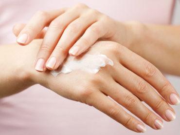 Mani: cinque consigli beauty per l'inverno