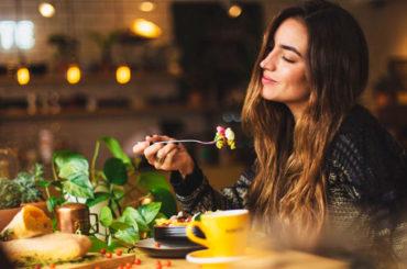 Dall'Oms 5 buoni consigli per cominciare bene l'anno a tavola