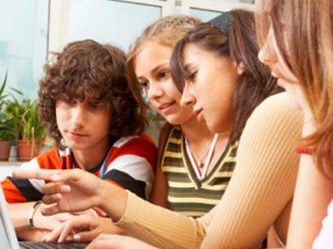 Giovani disinformati sulla sessualità: non è solo colpa di internet