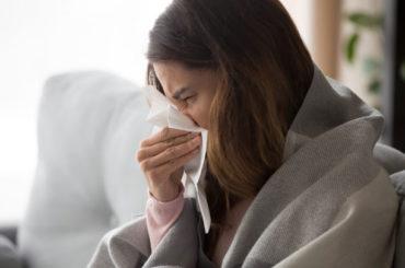 Influenza e Covid: come distinguerli e curarne i sintomi